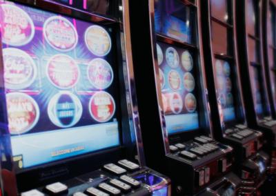 Maunaloa_Casino_Maquinas01